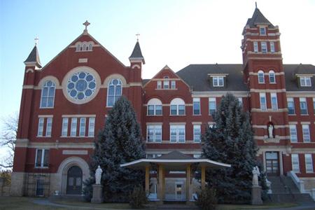 贝塔斯瑞落户印度St. Joseph's Convent学府剧院
