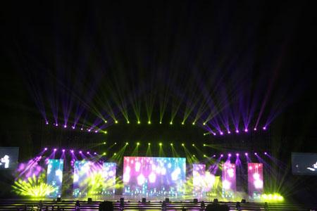 贵州铜仁三万人大型演唱会